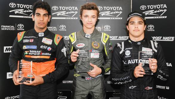 Lando Norris, Jehan Daruvala and Pedro Piquet with their trophies after Race 1 at Waikato