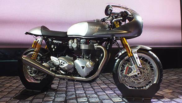 Triumph ThruxtonR (1)