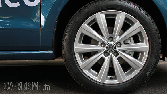 Volkswagen Ameo (14)
