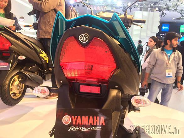 Yamaha Ray ZR (11)
