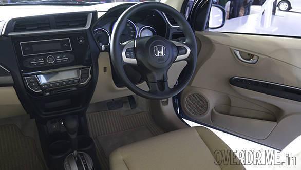 2016 Honda Amaze (11)
