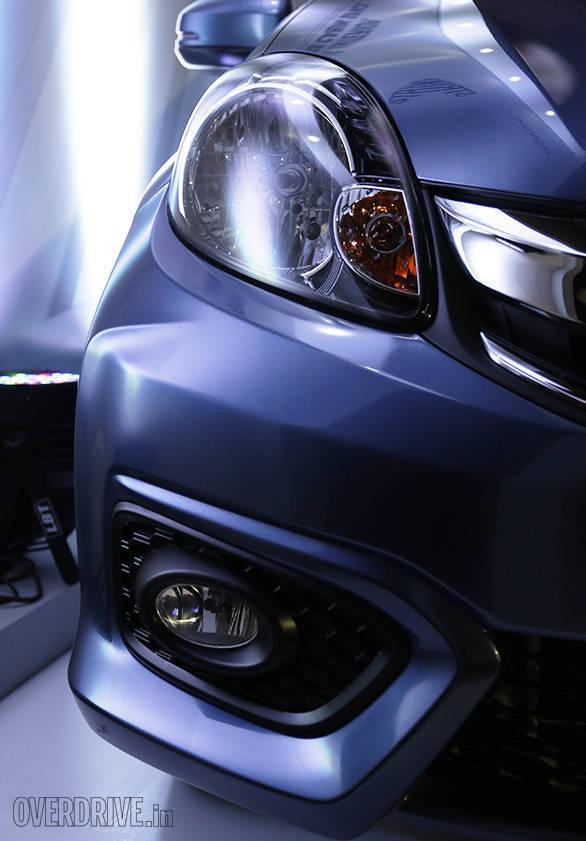 2016 Honda Amaze (16)