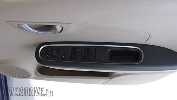 2016 Honda Amaze (5)
