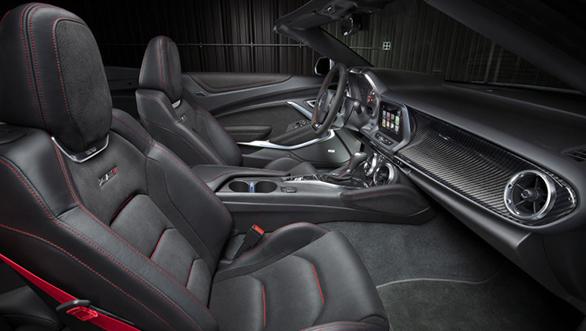 2017 Chevrolet Camaro ZL1 Convertible (4)
