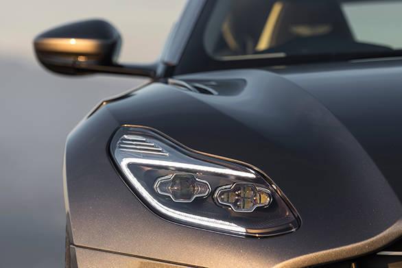 Aston Martin DB11 (42)