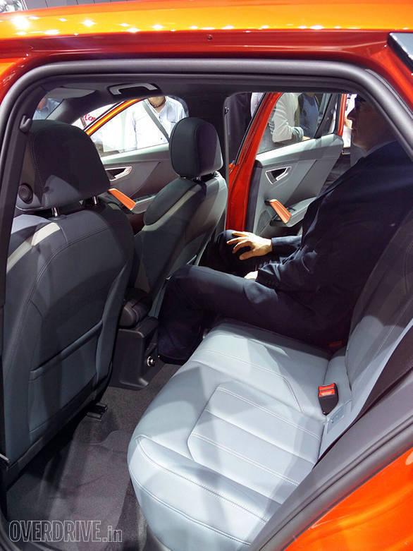 Audi Q2   (2)
