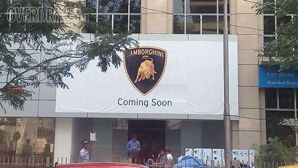 Lamborghini Mumbai (4)