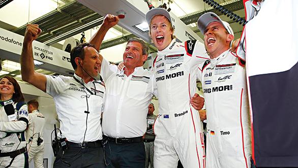 Alexander Hitzinger Technischer Direktor LMP1, Fritz Enzinger, Leiter LMP1, Porsche Team: Brendon Hartley, Porsche Team: Timo Bernhard (l-r)