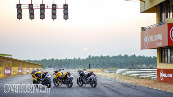 TVS Apache 200, Duke 200, Pulsar RS200 Comparo (121)
