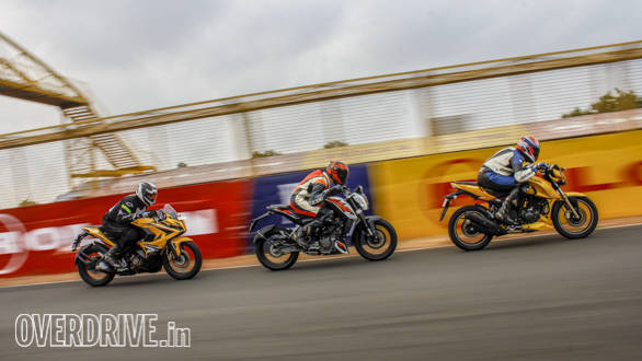 TVS Apache 200, Duke 200, Pulsar RS200 Comparo (75)