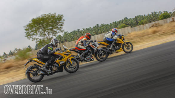 TVS Apache 200, Duke 200, Pulsar RS200 Comparo (86)