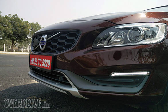 Volvo S60 Cross Country (6)