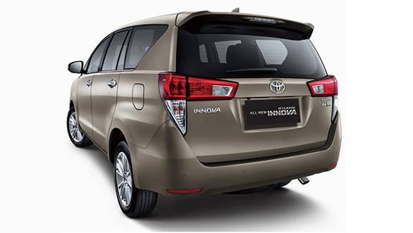 2016 Toyota Innova Crysta (1)