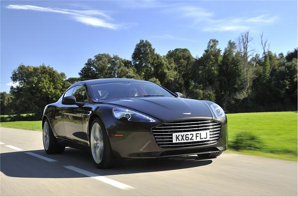 Aston Martin Rapide (10)