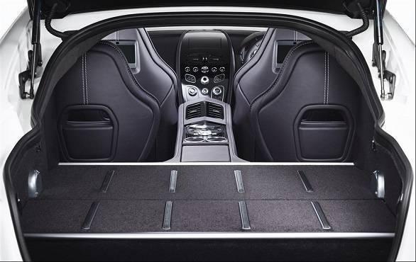 Aston Martin Rapide (8)