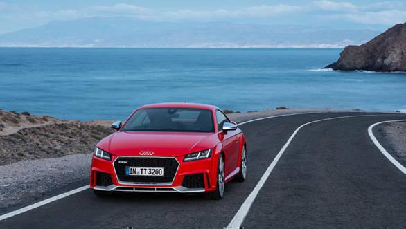 Audi TT RS (17)
