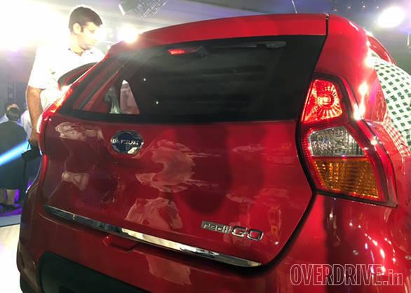 Datsun Redi Go (1)