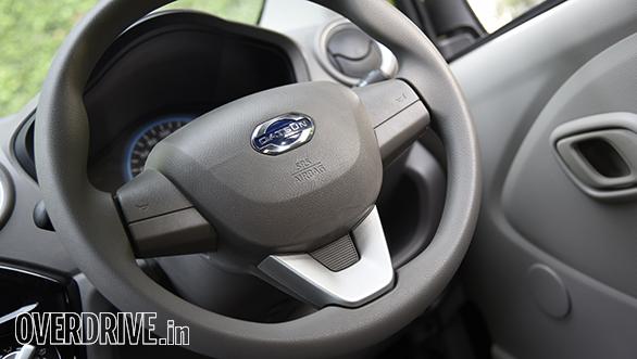 Datsun RediGo (15)