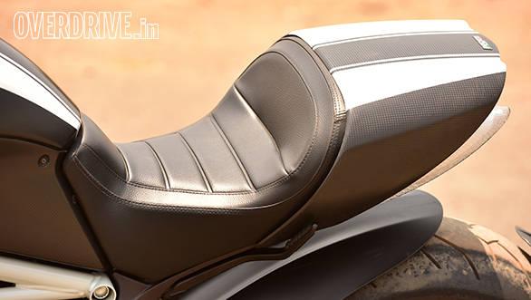 Ducati Diavel (4)