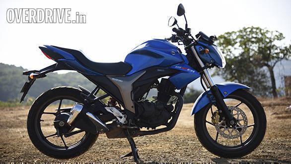 Honda Hornet Vs Suzuki Gixxer (13)