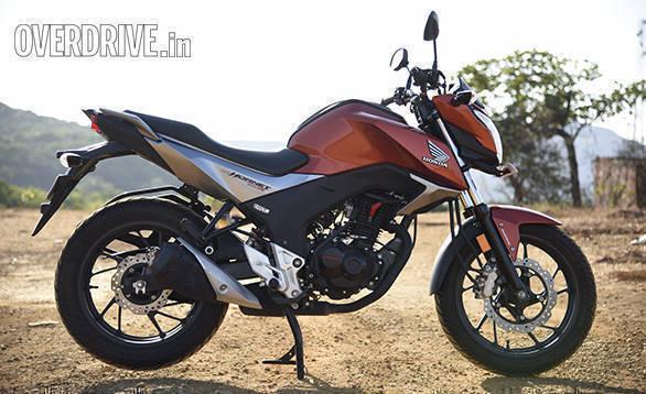 Honda Hornet Vs Suzuki Gixxer (5)