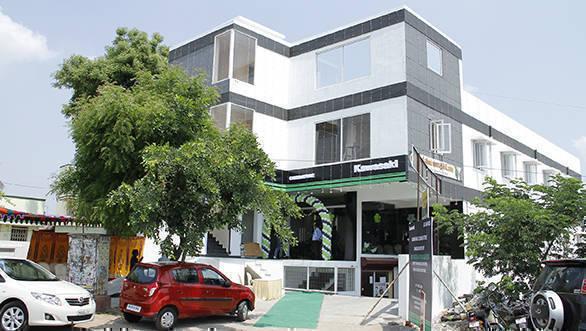 Kawasaki Showroom Coinbatore (1)