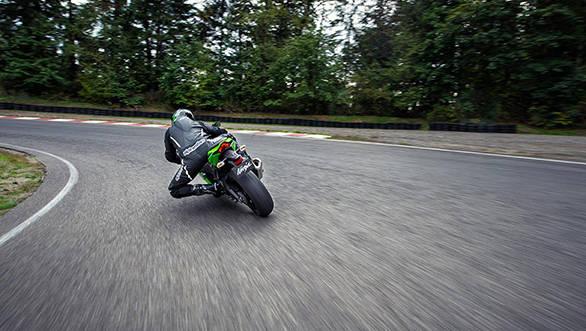 Kawasaki ZX10r KRT Edition 2016 (35)
