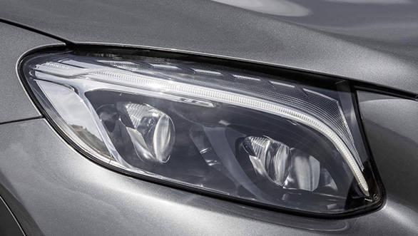 Mercedes-Benz GLC Scheinwerfer im Detail