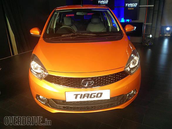 Tata Tiago launch image (3)