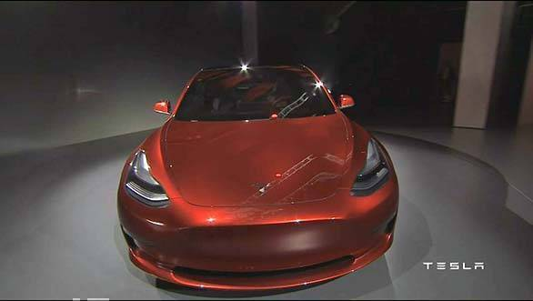 Tesla Model 3 showcase (7)