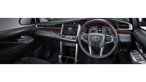Toyota Innova Crista Interior