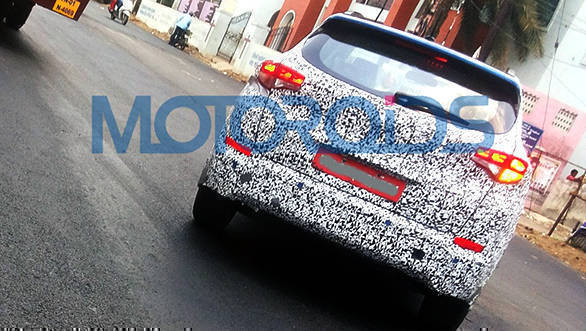 Spied: 2016 Hyundai Tucson caught testing in India
