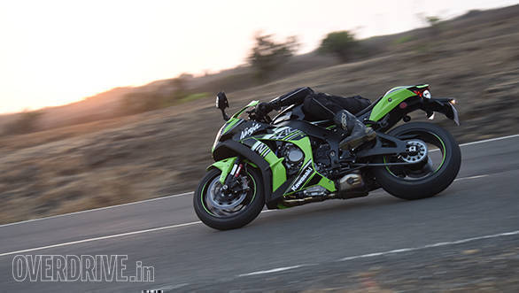 2016 Kawasaki Ninja ZX10R (12)