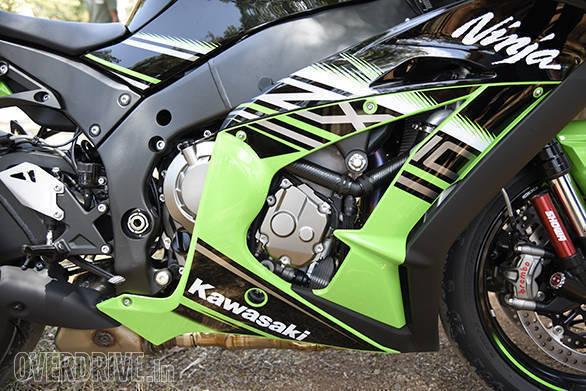 2016 Kawasaki Ninja ZX10R (4)