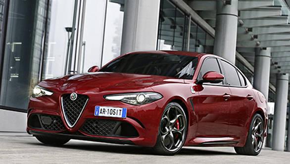 Alfa-Romeo-Giulia-Quadrifoglio-(3)