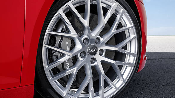 Audi R8 V10 (8)