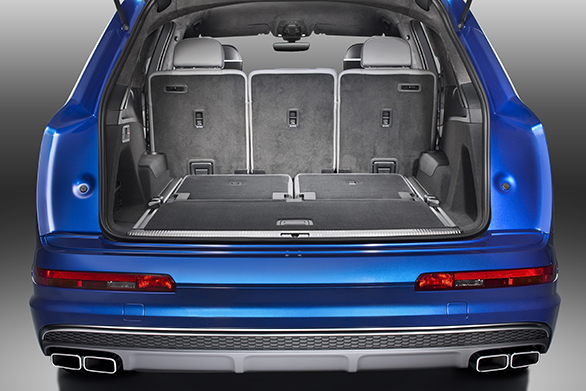 Luggage compartment,  Colour: Sepang Blue