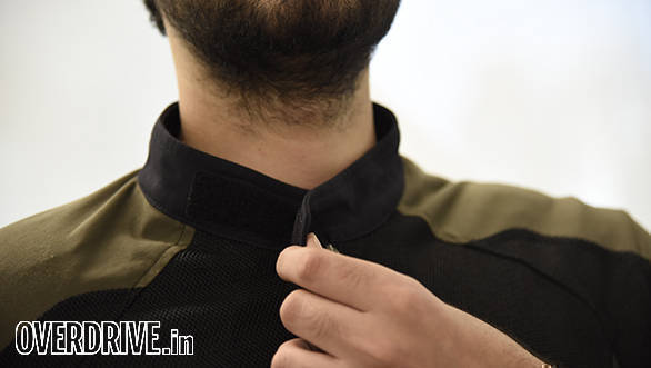 The collar is perfectly sized and closes via velcro