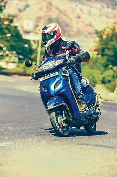 Honda Navi Activa comparo (7)