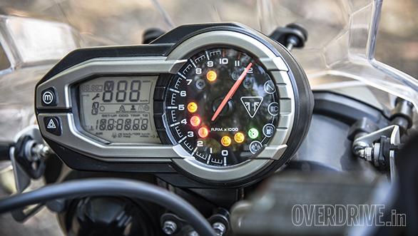 Kawasaki Versys vs Triumph Tiger 800 (5)