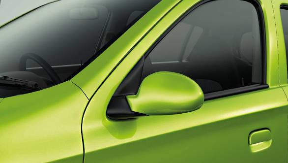 Maruti_Suzuki_Alto800_facelift_005
