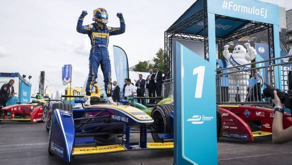 Sebastien Buemi's stellar win at the BerlinePrix has cut down championship leader Lucas diGrassi's lead to just one point
