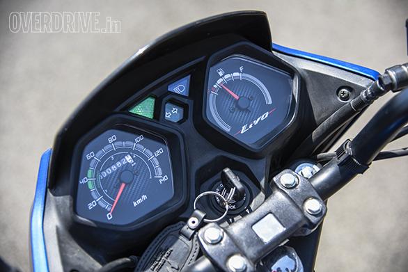 TVS Victor Vs Honda Livo Comparo (1)
