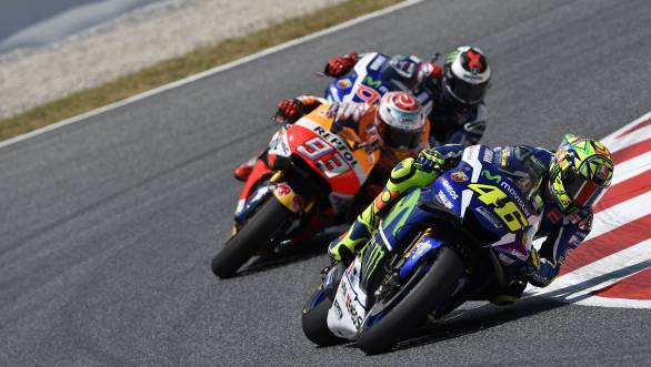 Valentino Rossi leads Marc Marquez and Jorge Lorenzo at the 2016 CatalanGP