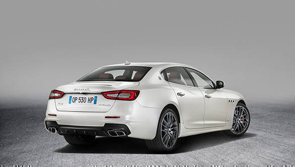 2017 Maserati Quattroporte (1)