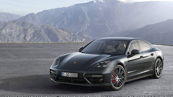 Porsche reveals the 2017 Panamera and result is pretty