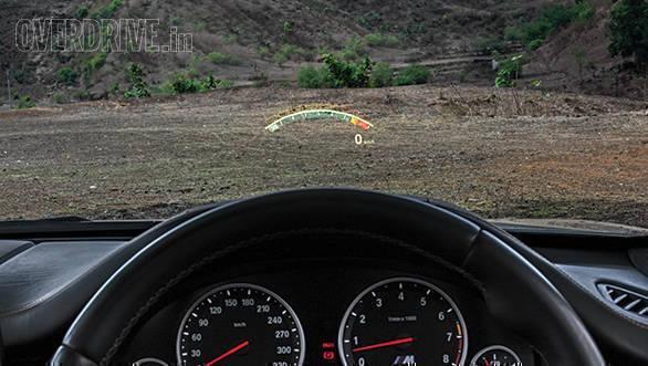 BMW X5M vs Range Rover SVR (13)