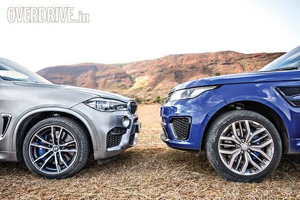 BMW X5M vs Range Rover SVR (26)