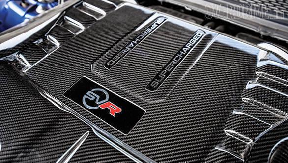 BMW X5M vs Range Rover SVR (28)