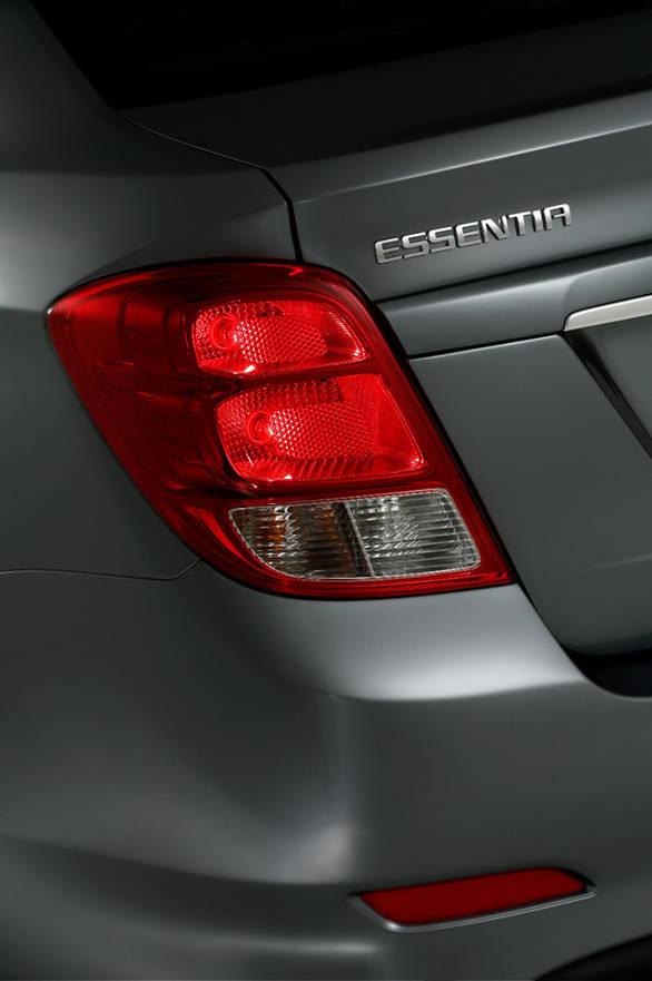 Chevrolet Essentia (18)
